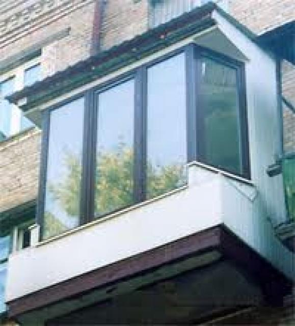 Компания из Кривого Рога. Остекление французского балкона в Кривом